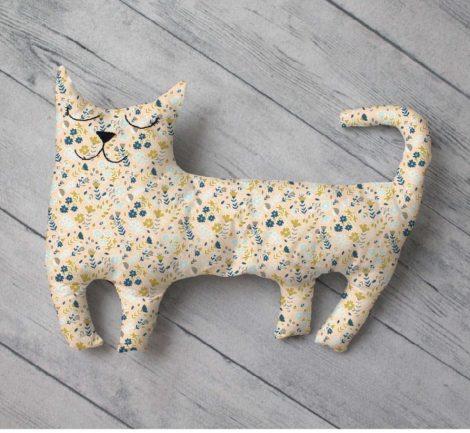 Cat pattern free